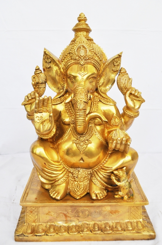 Brass Made Lord Ganesha Statue For Your Office Temple