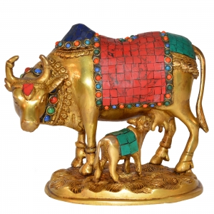 Beautiful and Decorative Nandi Statue of Brass by Aakrati