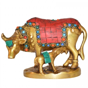 Aakrati brass metal Cow with Calf statue for home d�cor with stone work