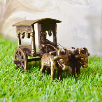 Aakrati Brown Color Carriage with bulls handmade metal handicrafts